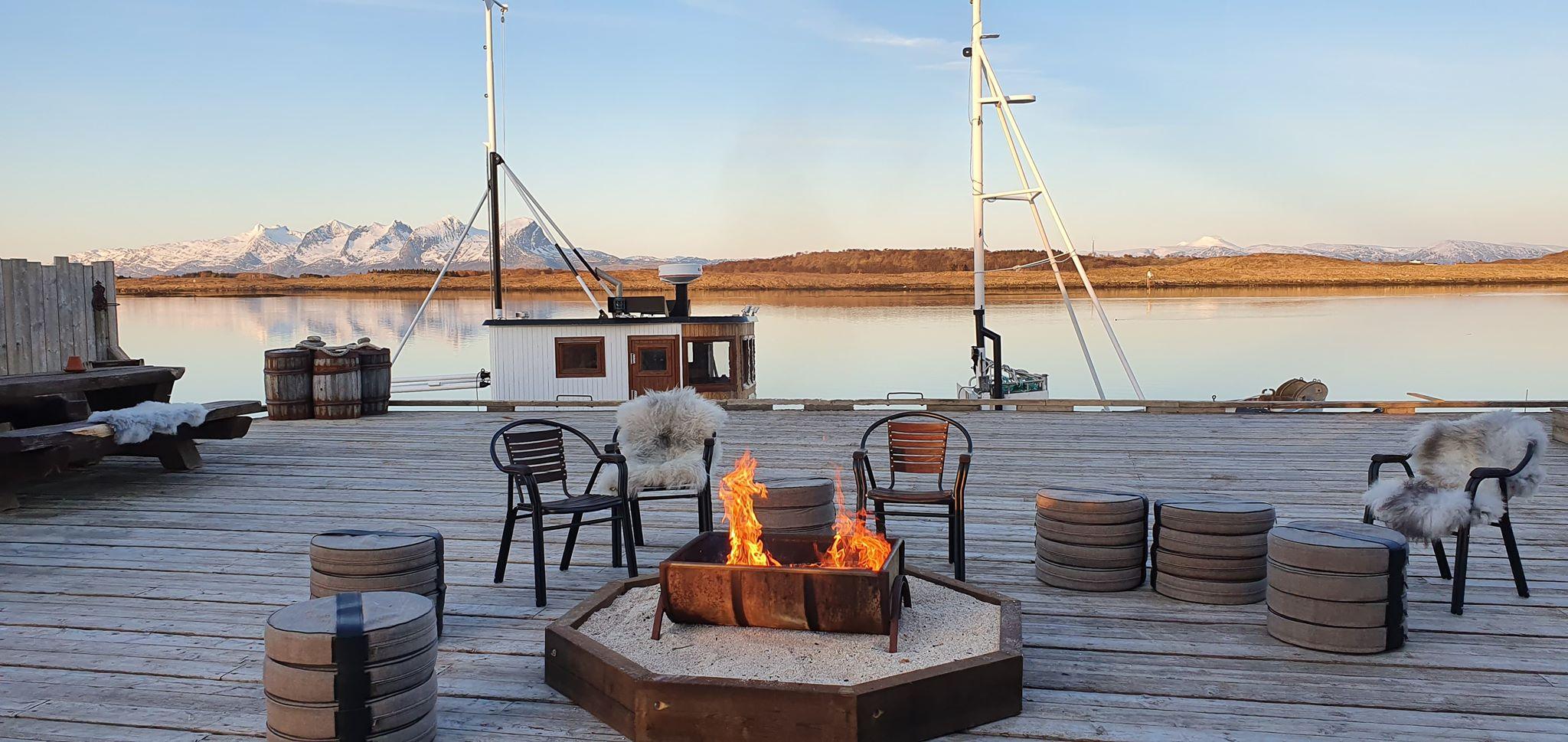 Havkanten-gjestehus-Husvær-i-Herøy-Helgelandskysten