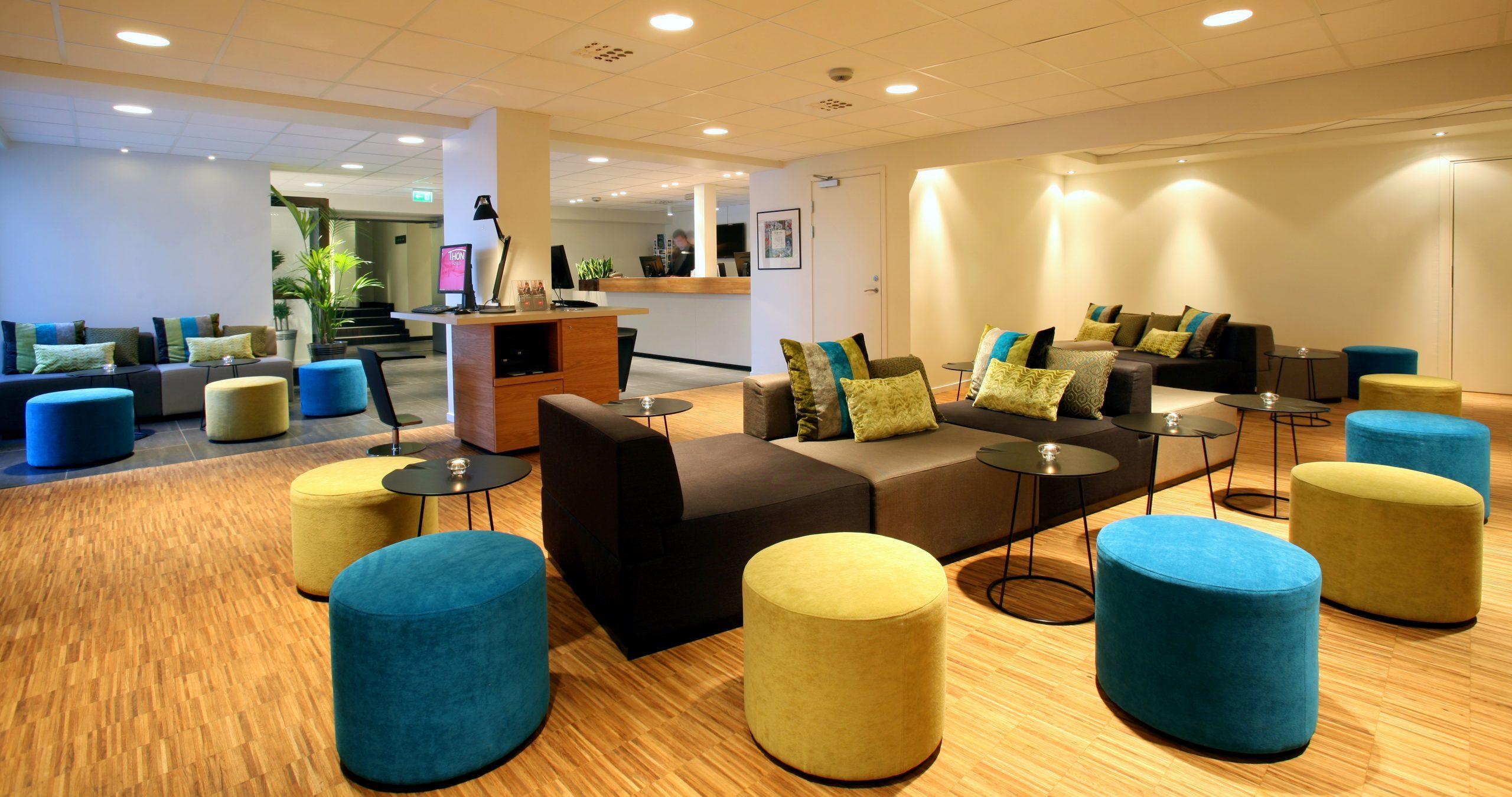 Bilde fra den fargerike resepsjonen på Thon Hotel Brønnøysund