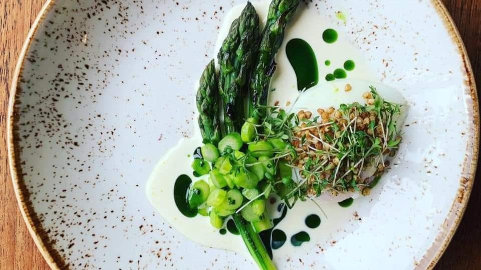 Forrett med asparges