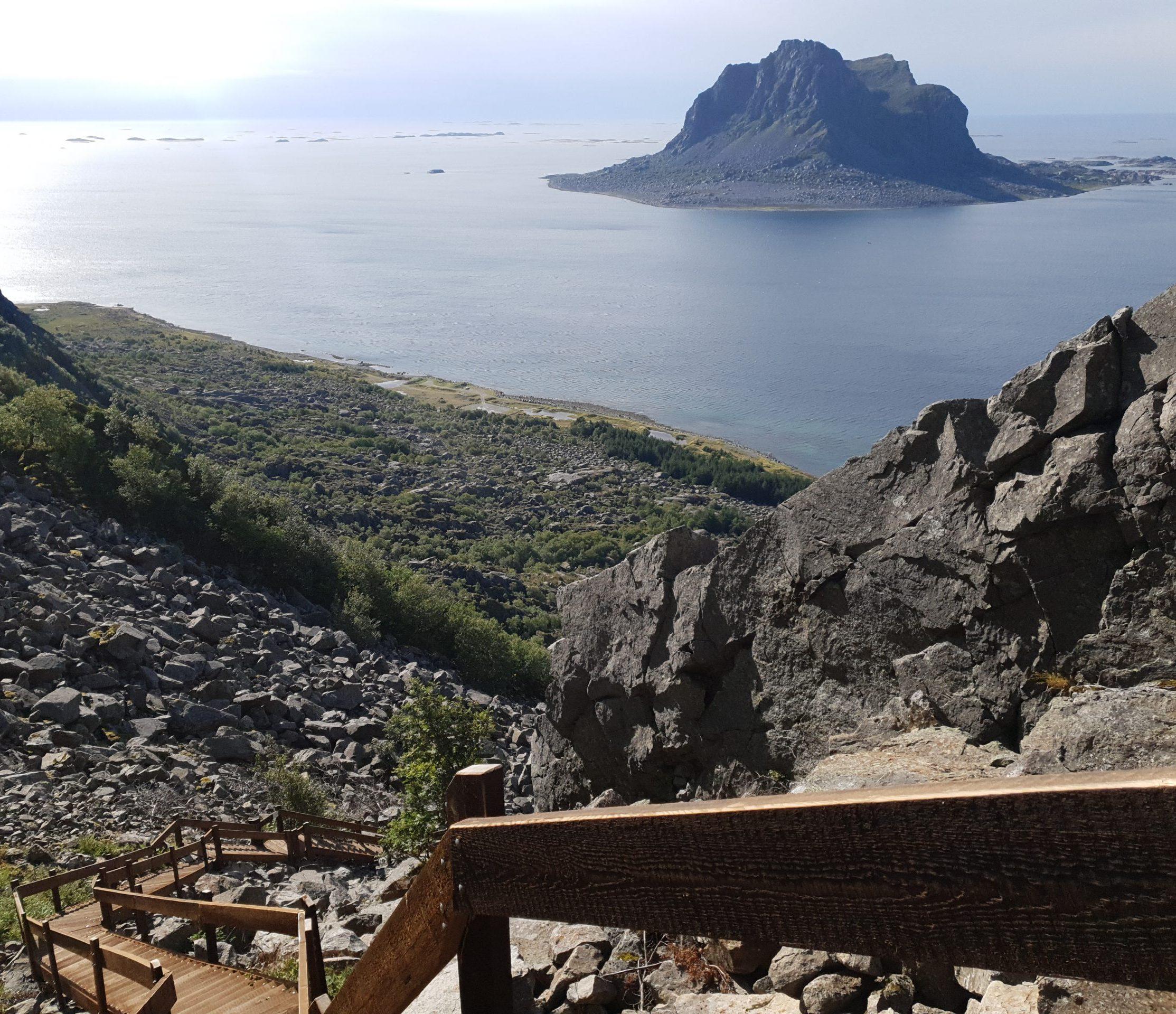 Utsikt fra Vegatrappa mot Søla